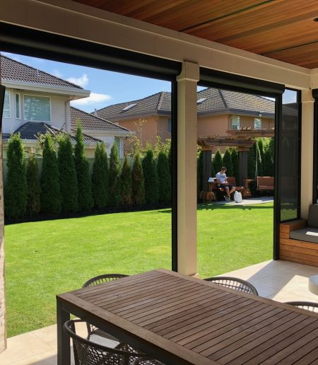 Retractable Screens - Suncoast Enclosures