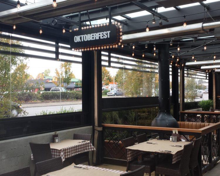 Restaurant Screen Room - Suncoast Enclosures